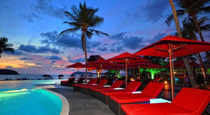 Pool inside the Holiday Villa Beach Resort