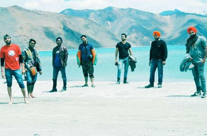 Seven buddies posing in Ladakh