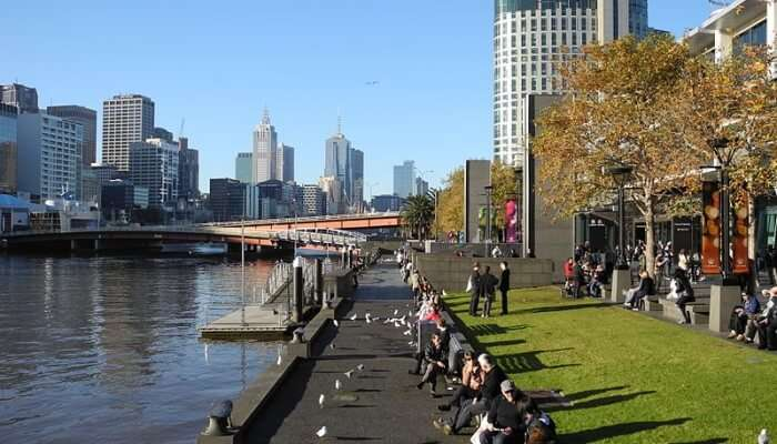 Postcard view at Yarra River side