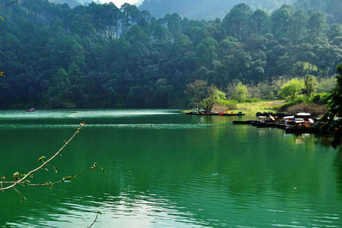 The beauty of Sattal Lake in Uttarakhand