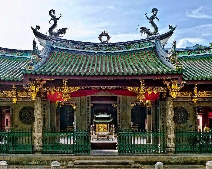 Thian Hock Keng Temple is the oldest of the Chinese historical places in Singapore