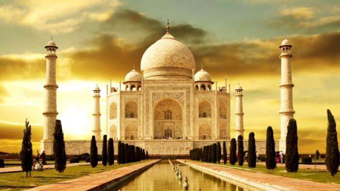 A beautiful image of Taj Mahal