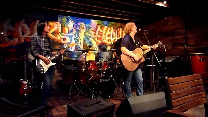 Live music and great drinks make Crazy Elephant one of the best pubs in Singapore