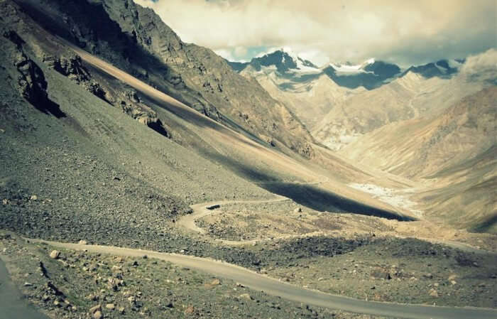 Baralacha Pass, the forlorn beauty