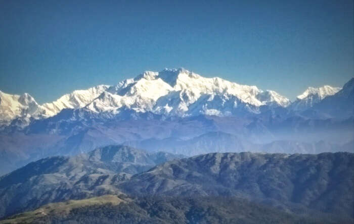 A view of the Kanchenjunga range while trekking