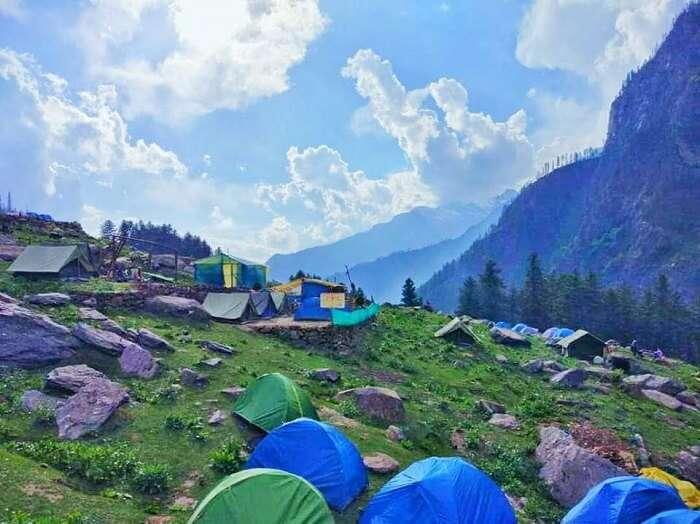camping tents kheerganga