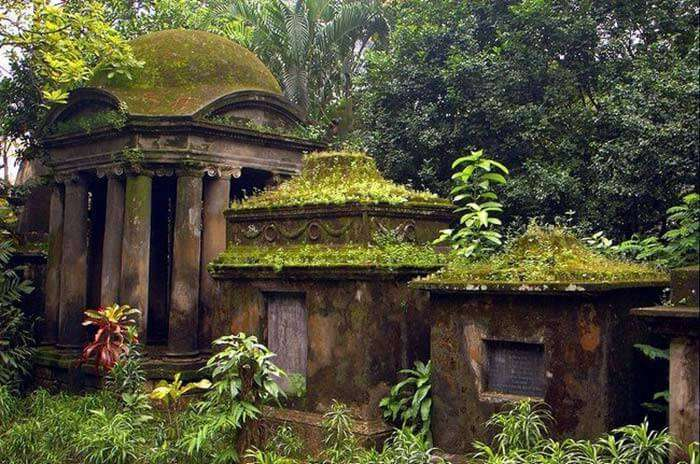 The haunted cemetery in Kolkata