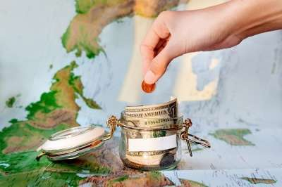 Save money while traveling in India