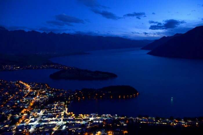 Gorgeous skyline view of Queenstown in the night