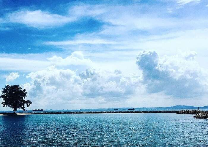 The dazzling beauty of Kusu Island Beach which houses numerous unexplored beaches in Singapore