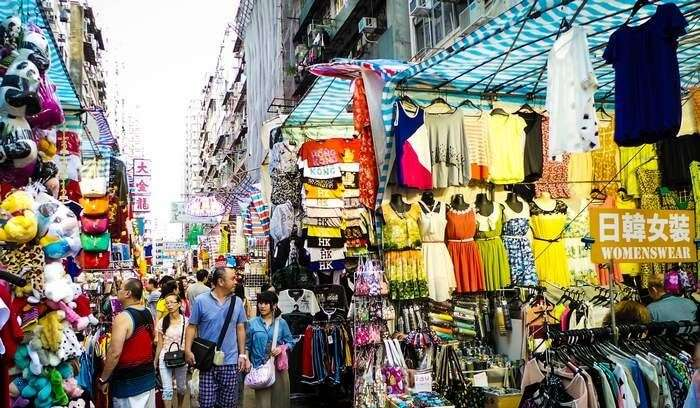 Ladies Market at Mongkok is one of the most popular shopping places in Hong Kong