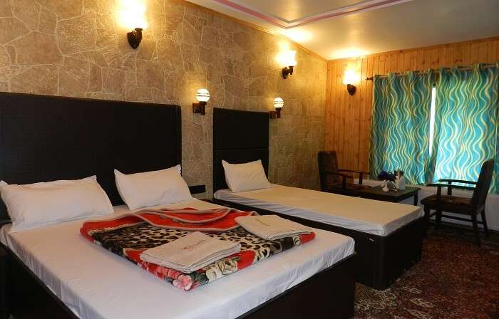 Namrose Hotel is one of the best hotels in Sonmarg for its its hospitality