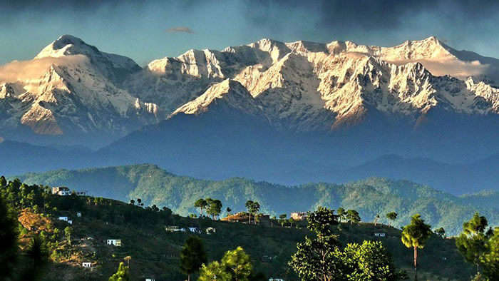 A view of the splendid snow-capped mountains, as seen on a road trip from Kolkata to Kumaon