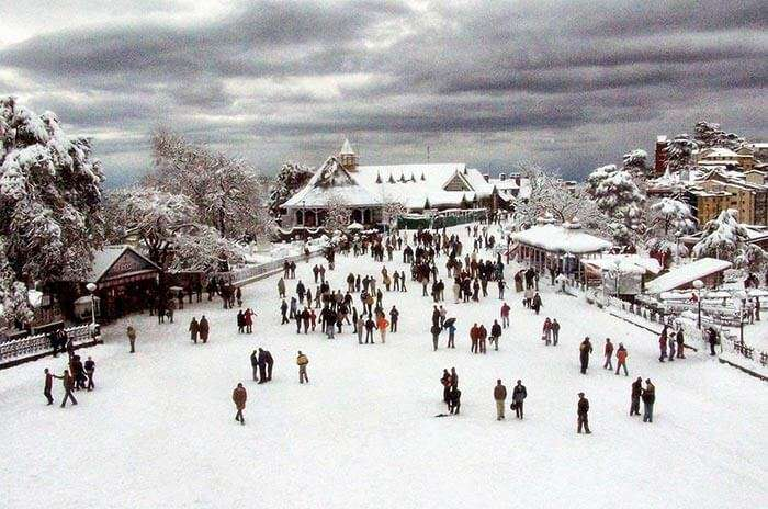 Peaking snow in Shimla is the most romantic hideaway
