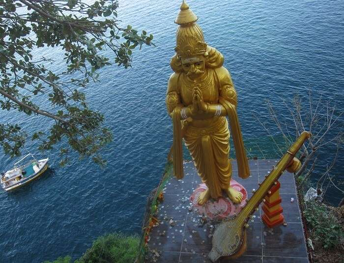 Top view of the huge statue at Sri Baktha Hanuman Temple in Rambod