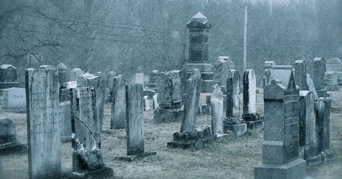10 Scary Secrets of Haunted Cemeteries In India |