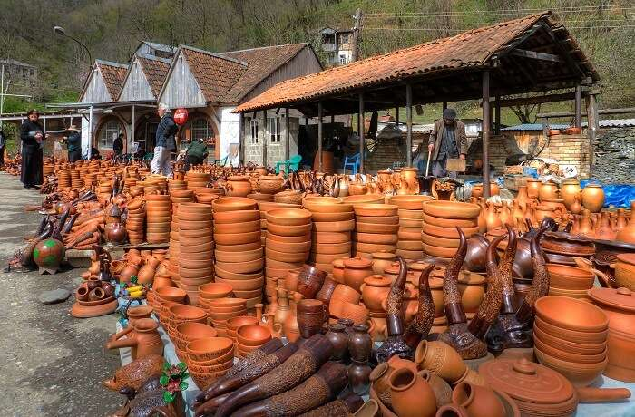 pottery shop in bicholim