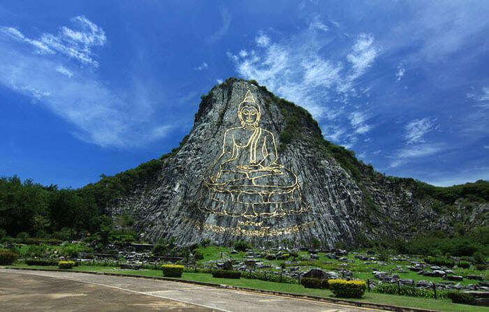 Buddha Mountain is the best Pattaya Sightseeing