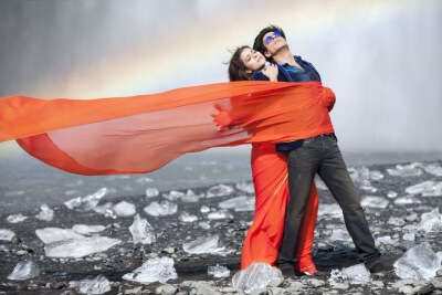 Kajol and Shahrukh in Iceland