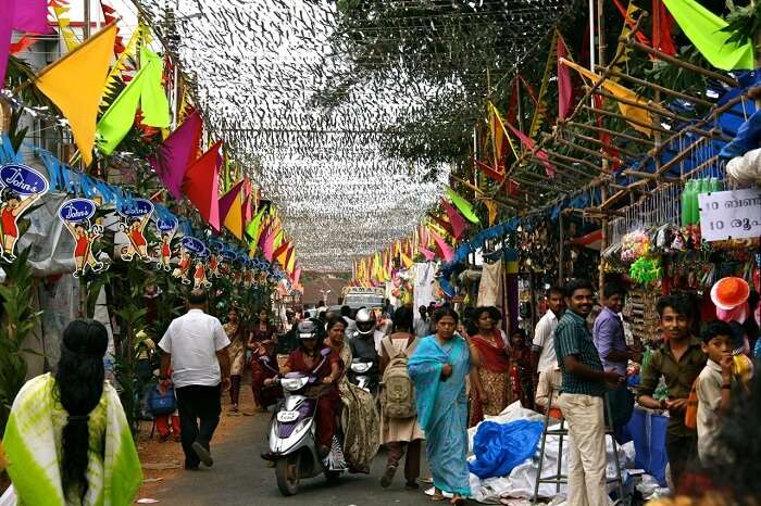 The colorful market in the Alappuzha