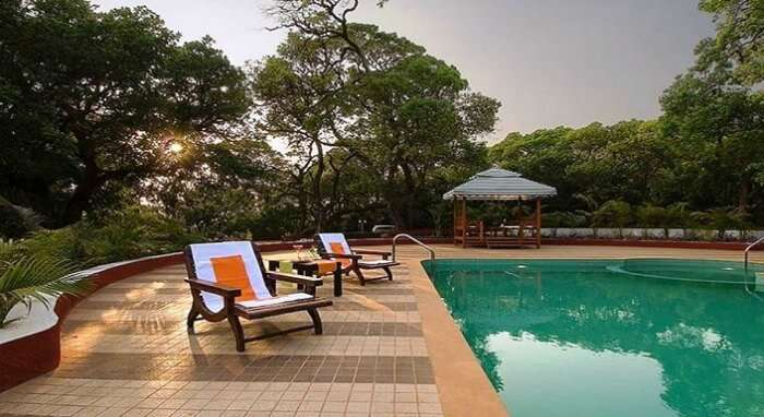 The pool facilities at Citrus Chambers Mahabaleshwar resort