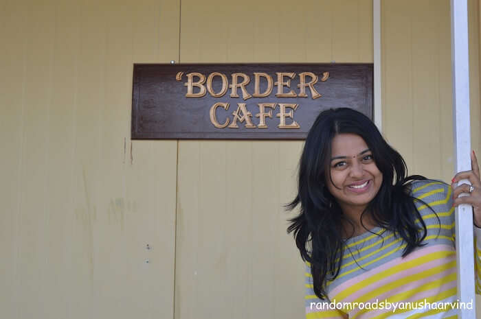 Anusha in the Border Cafe near Tanot Border