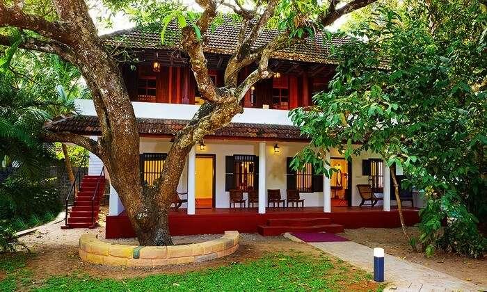 El Oceano Beach Villa is a beautiful retreat among many resorts in Alleppey