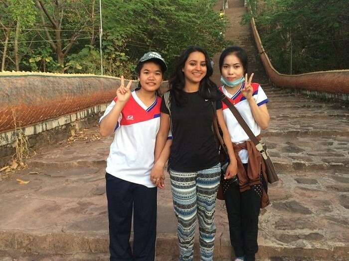 Leena with her friends in Pakse