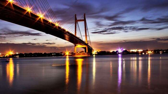 Prinsep Ghat in is the most beautiful romantic place in Kolkata with such stunning views