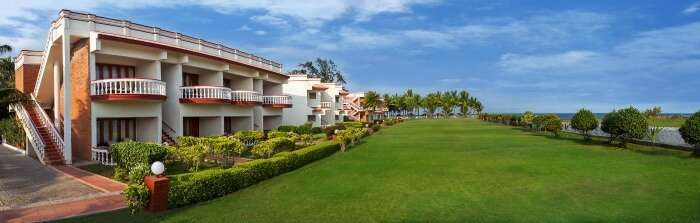 a panoramic view of the ideal beach resort in chennai