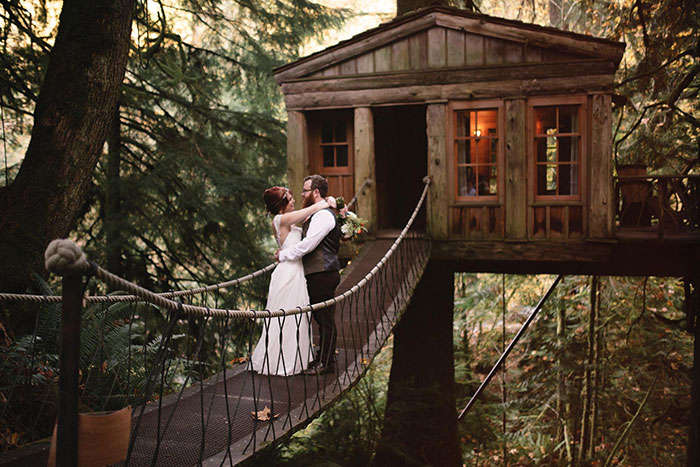 The tree house stay for Valentine's Day