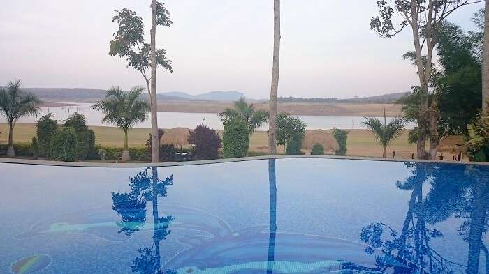 Swimming pool in Hotel Ruchi Mysore