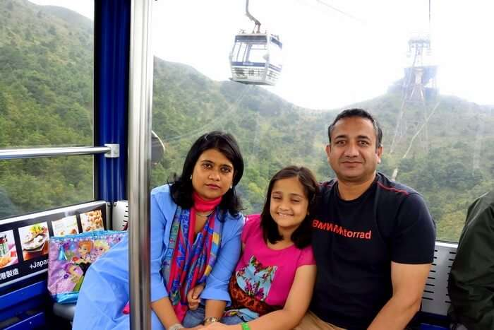 Cable car ride to Lamtau Island