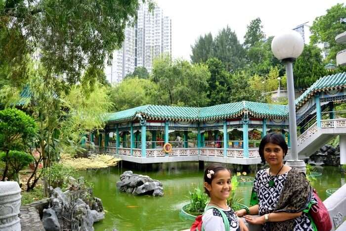 Samika and her mother while sightseeing in Hong Kong