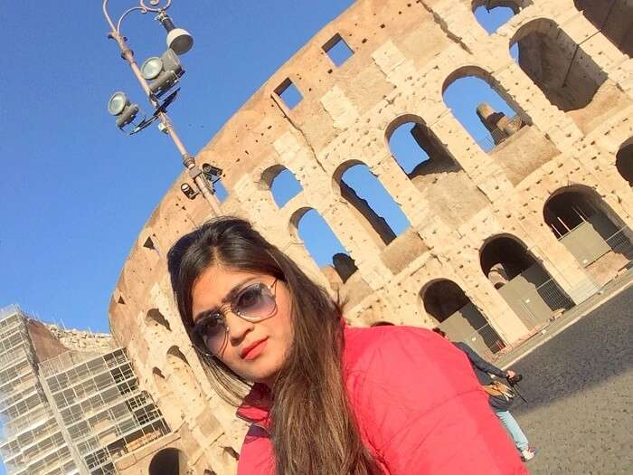 Manvi near Colosseum in Rome