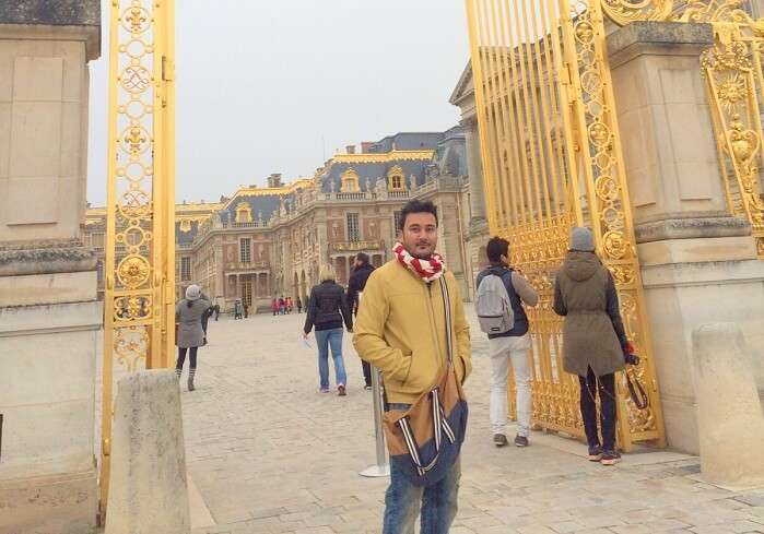 Manvis husband at Palace of Versailles