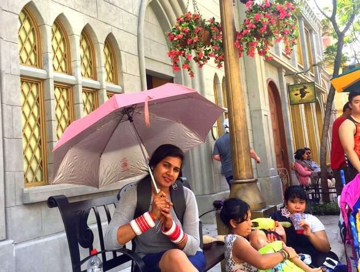 Kavya chilling in Singapore