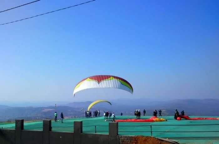 Paragliding in Satpura