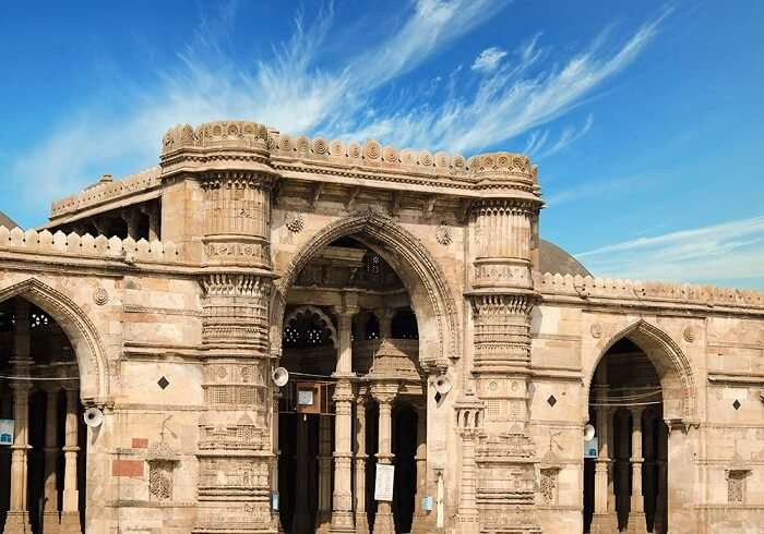 The beauty of Jama Masjid makes it one of the spectacular tourist places in Ahmedabad