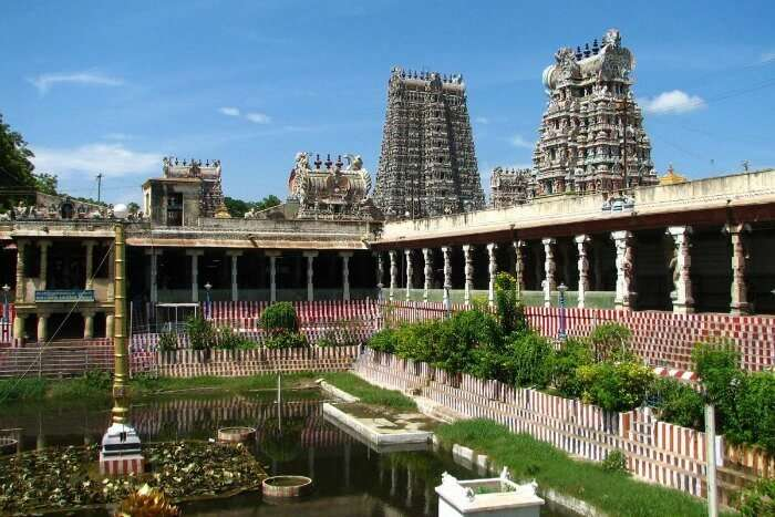 Kothandaramaswamy Temple, the temple with a pond in Rameshwaram