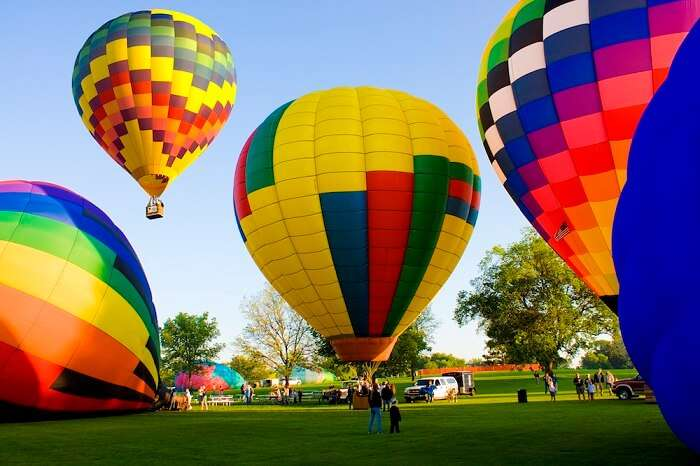 go on a hot air balloon ride in bangalore with your beloved
