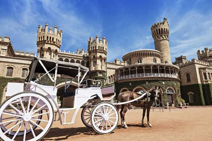 go on a carriage ride at bangalore palace with your lover