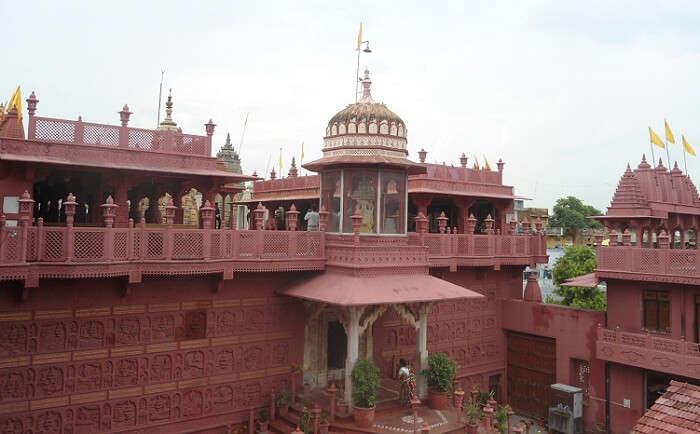 The popular Digambar Jain Temple at Sanganer