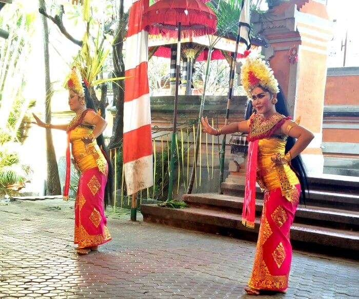 Cultural performance of Bali