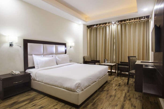 Fully equipped room of Snow Valley Resort in Shimla