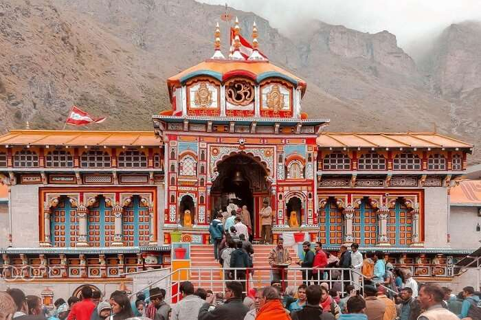 Pilgrims at Badrinath Temple