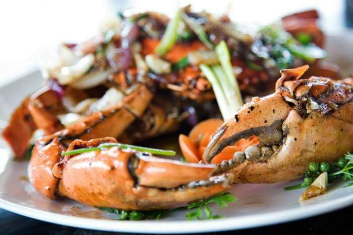 Gorge on fresh seafood in Cambodia