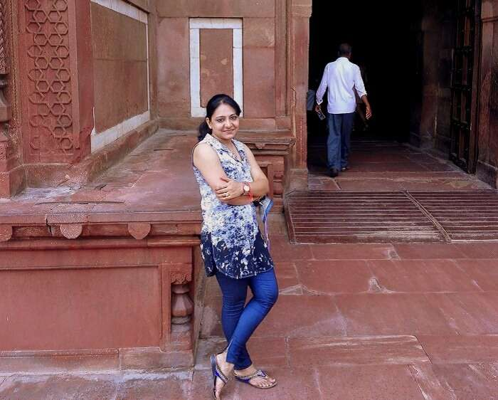 Vineets wife at Agra Fort