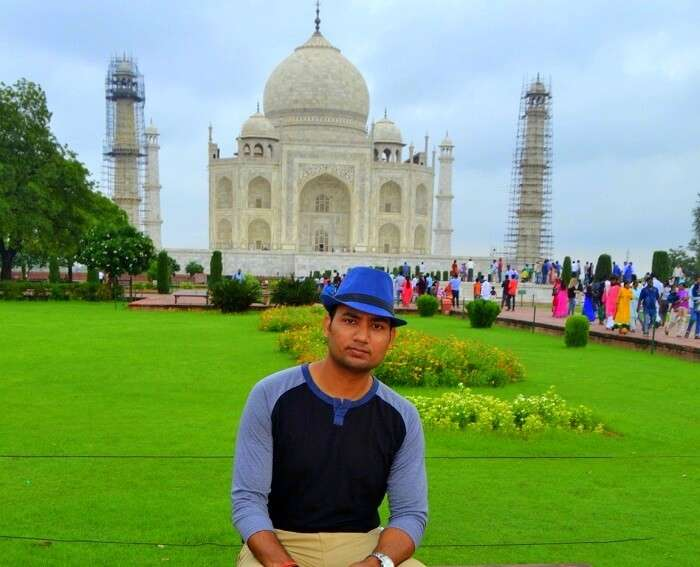 Vineet at Taj Mahal in Agra