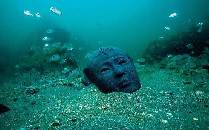 Ancient statues of Pharaohs have been recovered at this city of Heracleion.